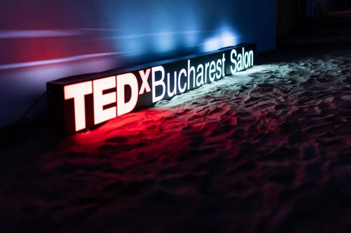 TEDxBucharestSalon-1200x799.jpg